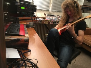 Tommy playing in Studio